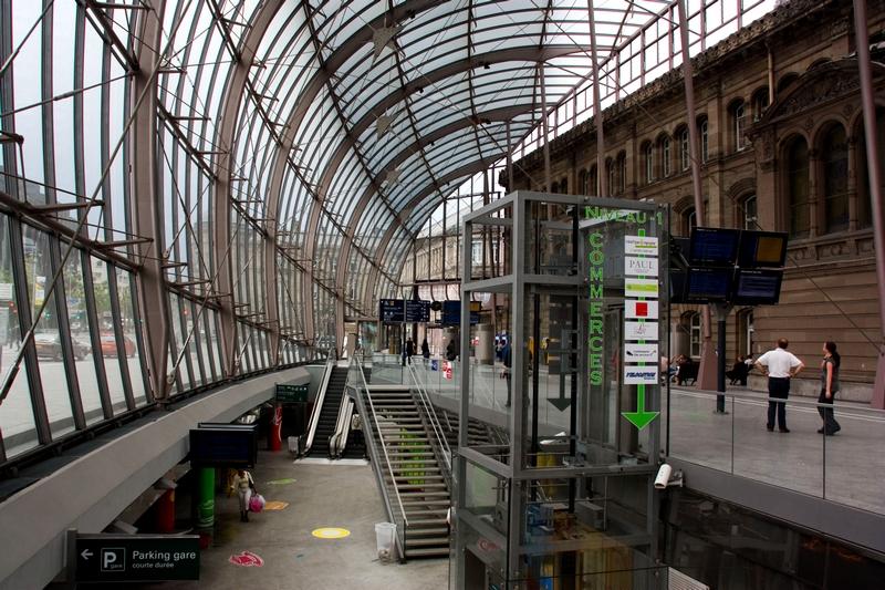 tc alsace la station souterraine du tramway strasbourgeois et sa galerie commerciale. Black Bedroom Furniture Sets. Home Design Ideas